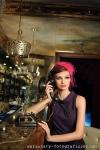 warsztaty fotograficzne, portret modelki w restauracji