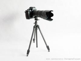 statyw fotograficzny SLIK z aparatem